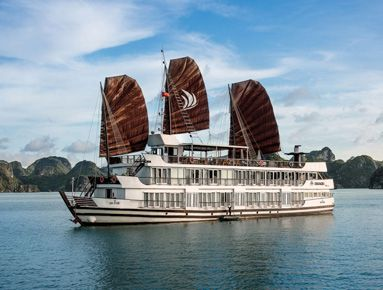 Pelican Cruise in Halong bay, Vietnam