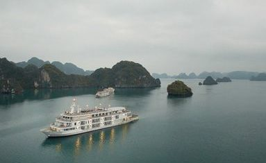 Paradise Elegance Cruise in Halong bay
