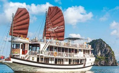 Swan Cruise in Halong bay